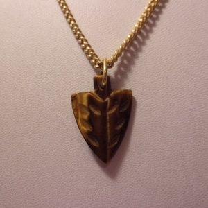 Avon Brown Arrow Head Pendant Necklace